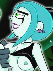 Penelope with slender body gets plugged by hot Skulker